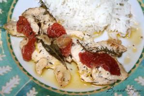 Papillote de poulet au citron et aux tomates confites