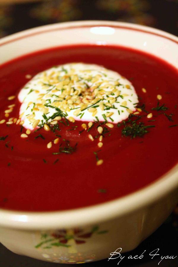 Soupe russe à la betterave (Bortsch)