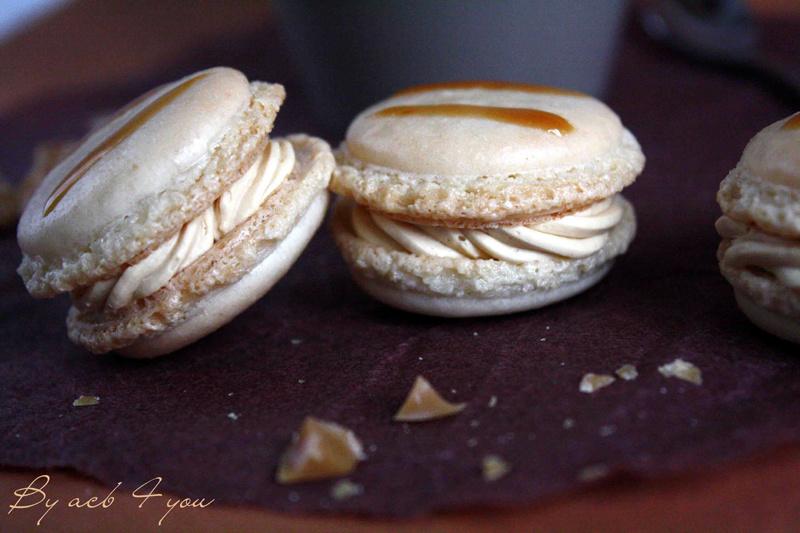 Macaron au caramel à la fleur de sel