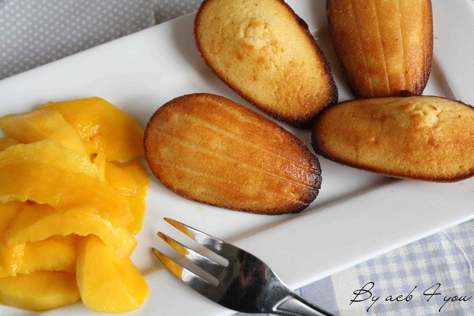 Madeleines au miel et au citron