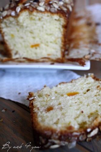 cake moelleux aux abricots et croustillant d'avoin-copie-5