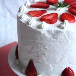 Gâteau aux fraises et chantilly