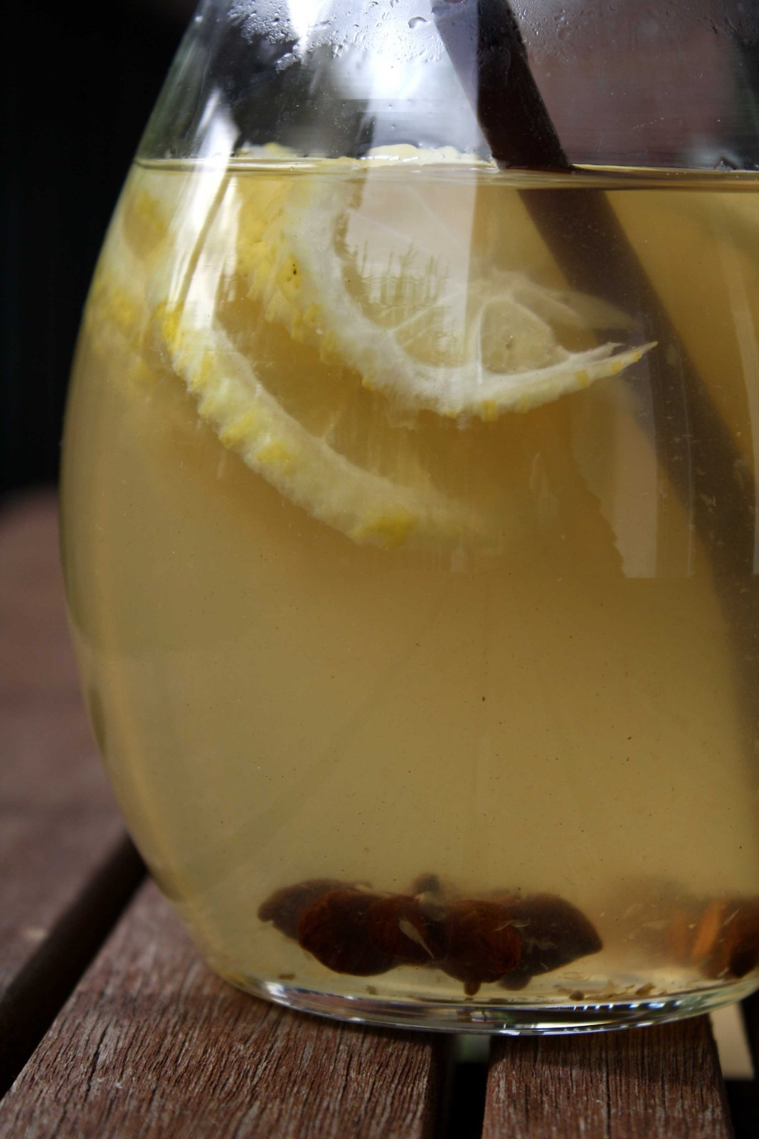 Pain de navet aux épices, noisette, miel et citron