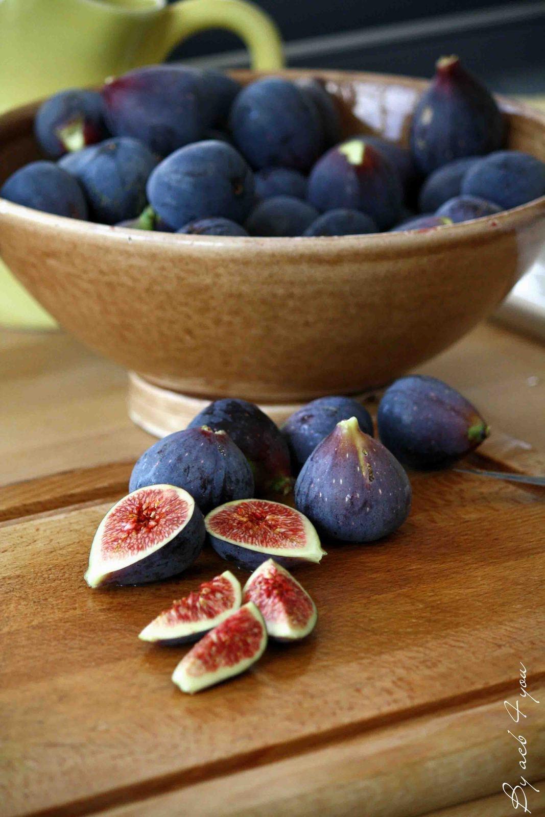 Crumble aux figues, vanille et cannelle