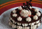 Croquants de chocolat en millefeuille à la crème de marron et zestes de clémentine
