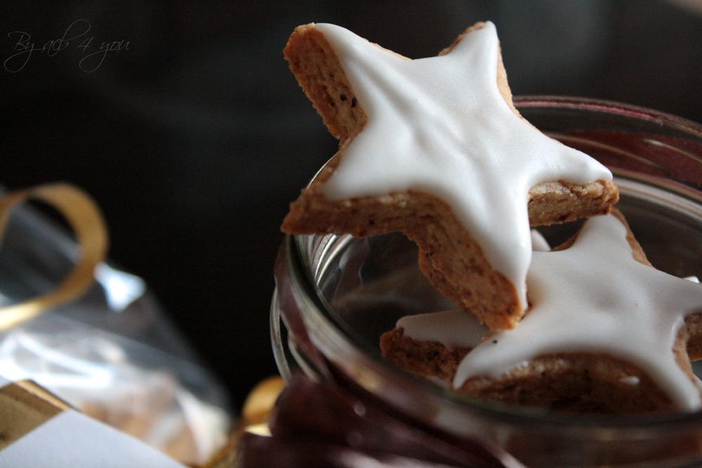 Etoiles à la noisette, biscuits de Noël