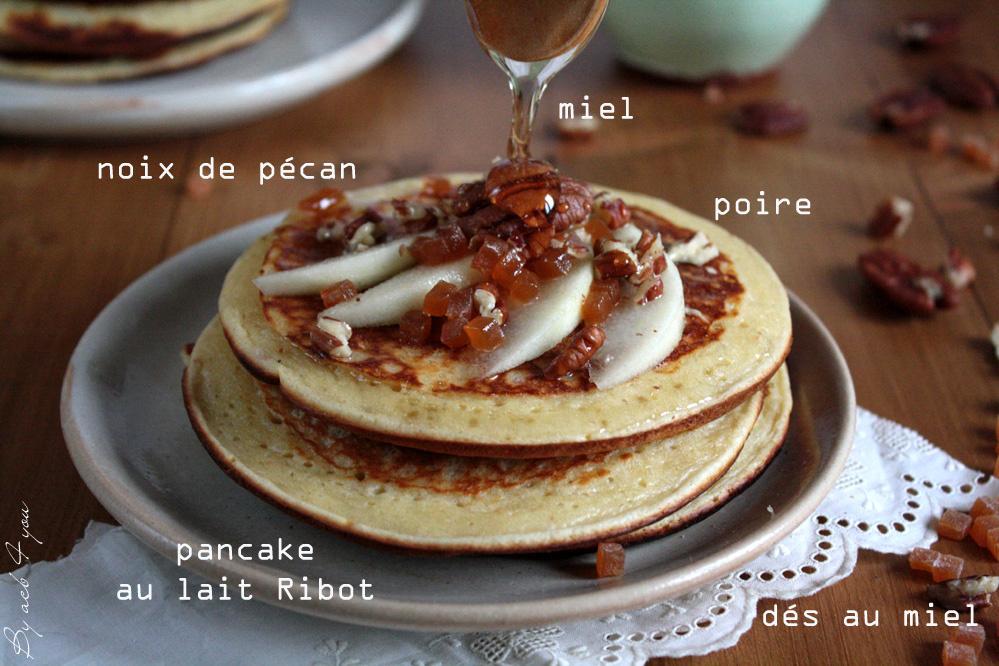 Pancakes moelleux, poire, noix de pécan et miel