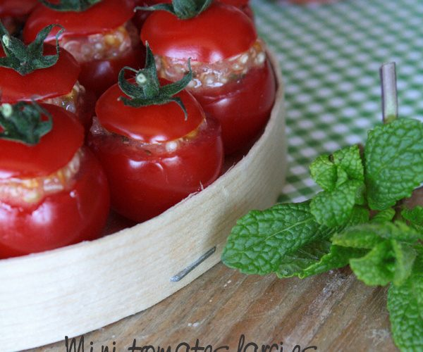 Mini tomates farcies au quinoa, menthe et citron