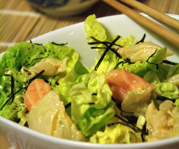Salade de jeunes laitues, Nori et poissons marinés
