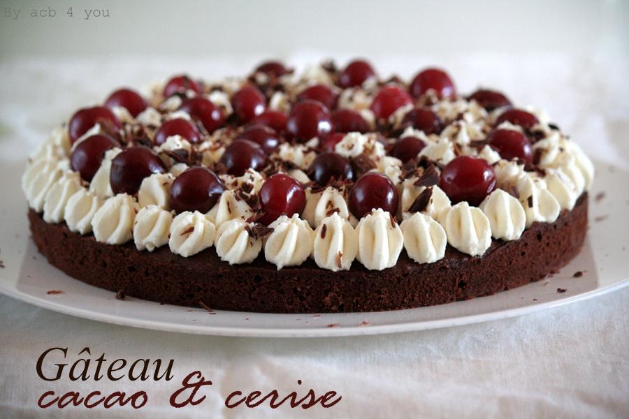 Gâteau cacao et cerise