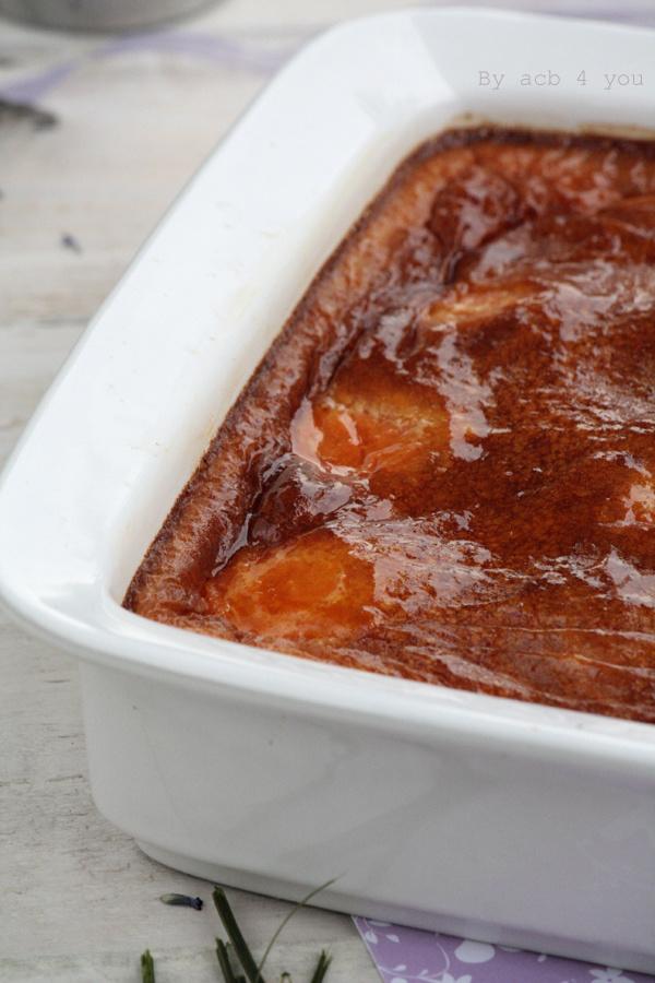 Clafoutis à l'abricot, lavande et miel