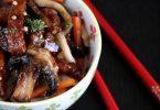 Udons sautés aux légumes et porc caramélisé au miel