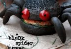 Black spider burger au saumon