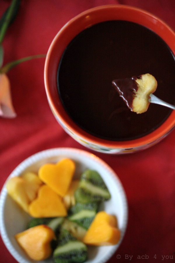Fondue au chocolat, coco et poivre {vegan} to my Valentine