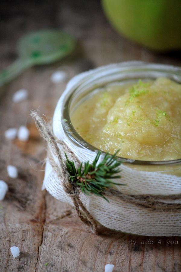 Compote de pommes au miel, citron et gingembre