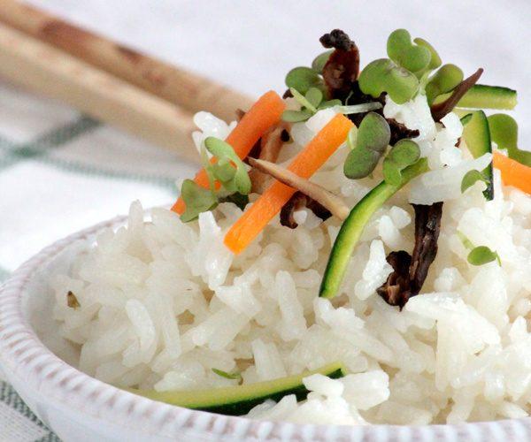 Riz aux légumes et champignons