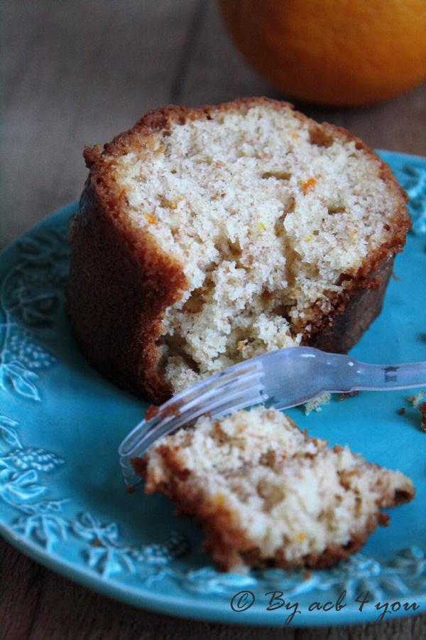 Gâteau au yaourt, à l'orange et au son de blé