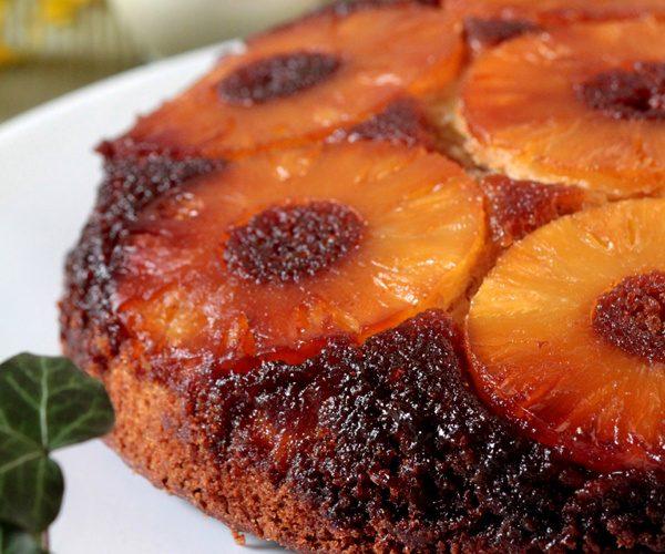 Gâteau à l'ananas et à la vanille de Madagascar