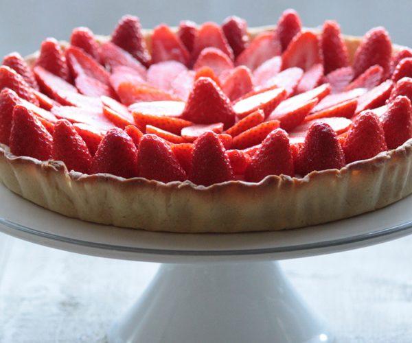 Tarte aux fraises, crème pâtissière à la fleur d'oranger