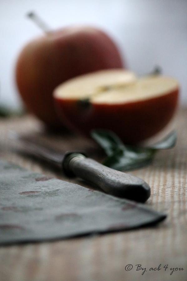 Charlotte aux pommes à la vanille et au Calvados