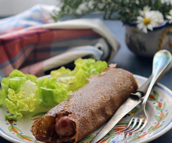La saucisse galette ou hot dog breton