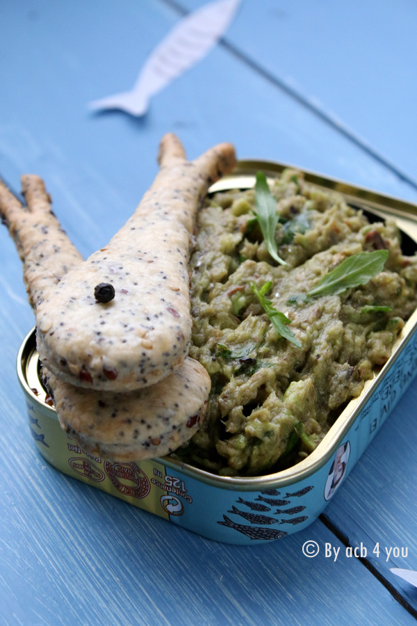 Les petites sardines de l'apéro {sablés aux 3 graines et rillettes de sardines à l'avocat et roquette}