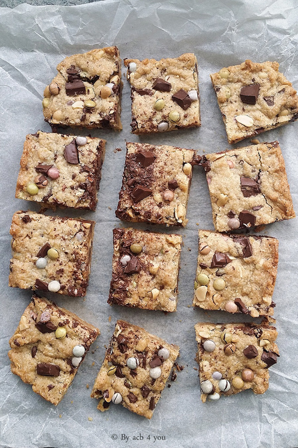Cookies bars aux Smarties, cacahuète et chocolat