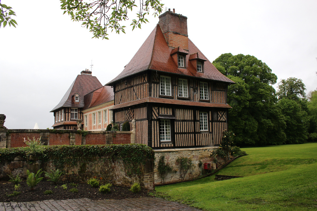 Le château du Breuil au coeur du pays d'Auge