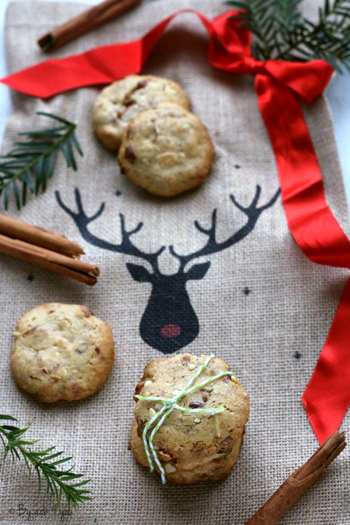 Cookies de Noël : amande, chocolat blanc et cannelle