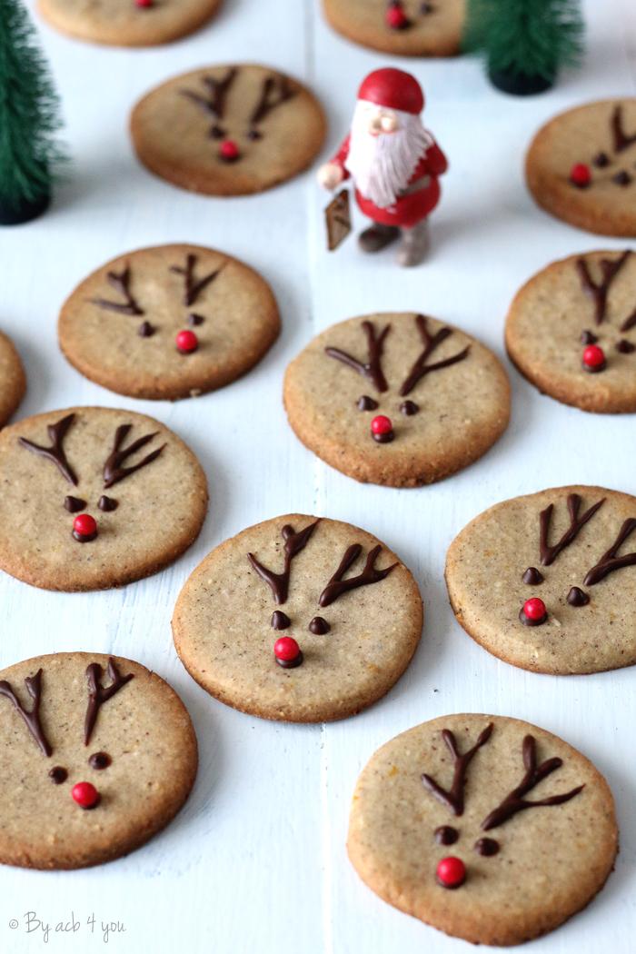Sablés de Noël à l'orange et à la cannelle en forme de Rudolph