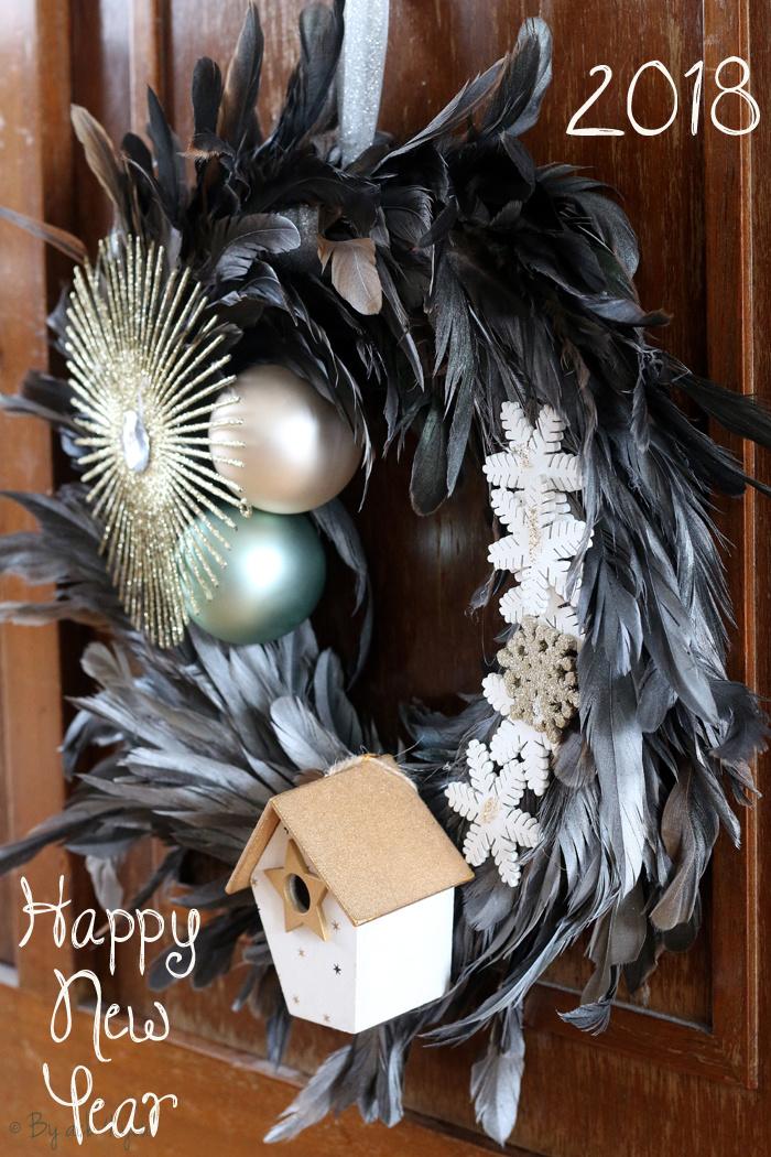 Ma couronne en plume réalisée lors d'un atelier avec les Champagnes Vranken, souvenir d'une belle soirée entre amies.