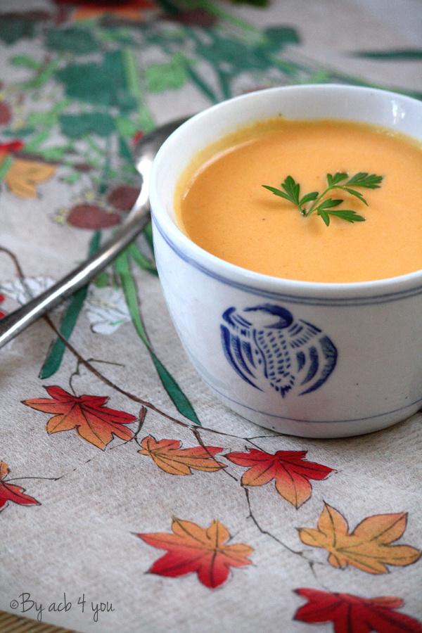 Soupe thaï de carotte et patate douce