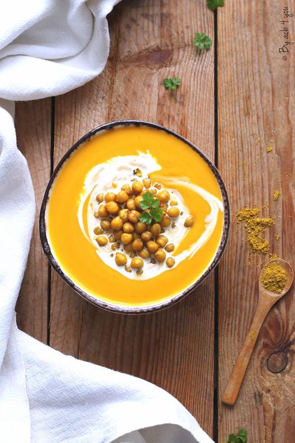 Velouté de potimarron et pois chiches au curry