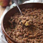Crumble aux pommes, amande et sarrasin