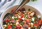 Salade de pois chiches, tomate et féta