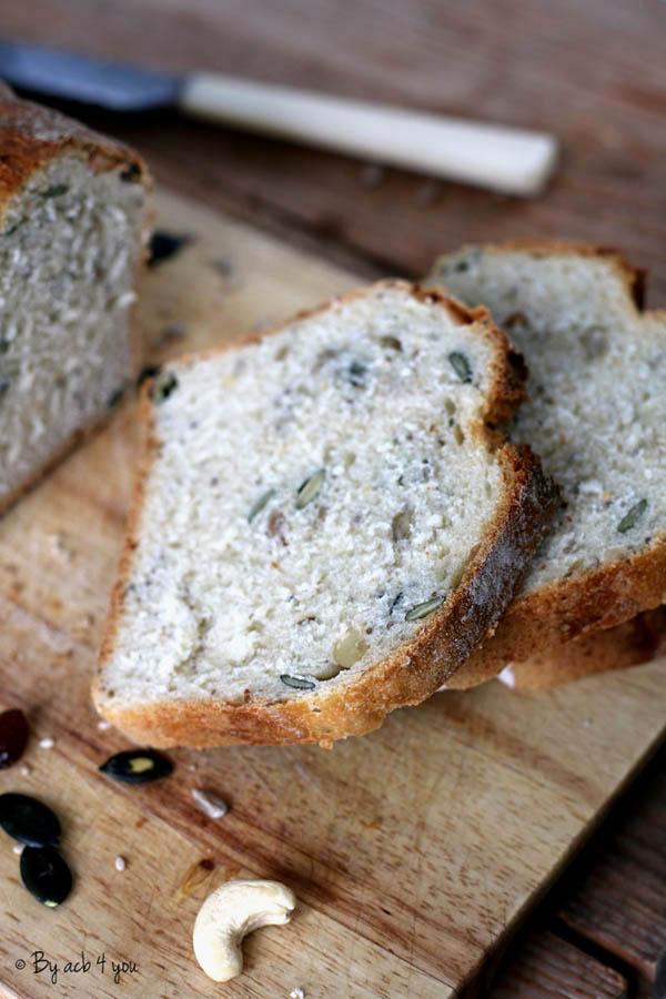 Tranches de pain aux graines maison