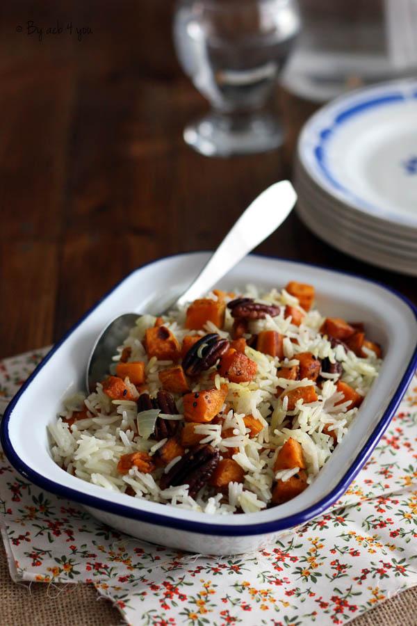 Riz basmati aux patates douces et noix de pécan rôties