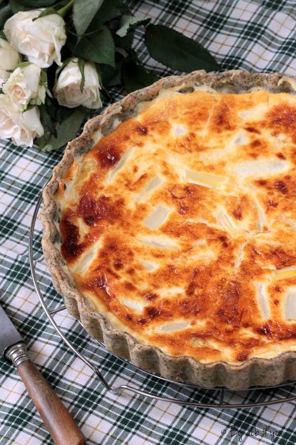 Quiche asperges et parmesan, pâte brisée au pavot
