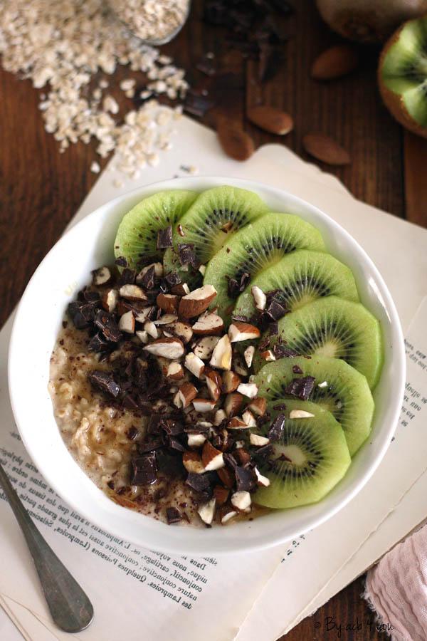 Porridge amande et kiwi