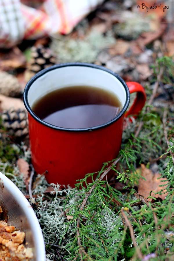 Mug rouge de thé