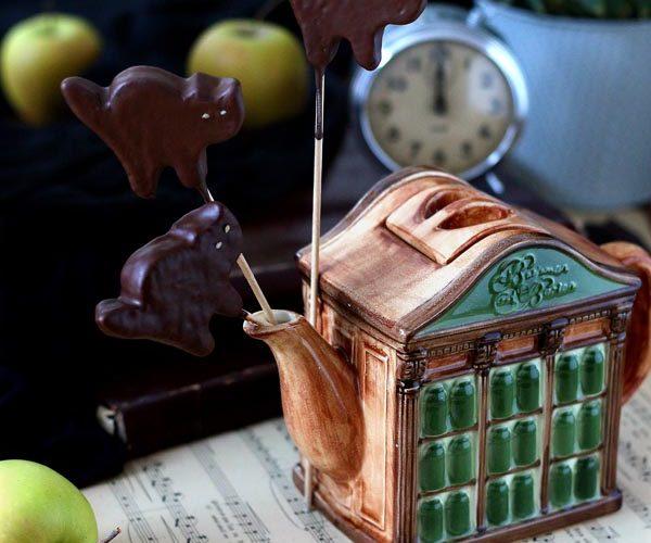 Sucette chat noir, pomme chocolat