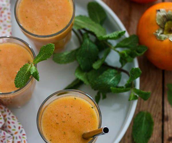 Smoothie au kaki et à l'orange