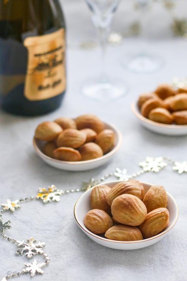 Mini madeleines truffées et champagne