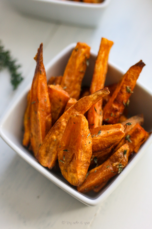 Frites de patates douces au thym