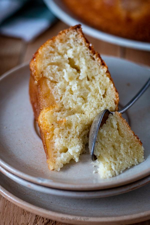 Gâteau moelleux pommes calvados, au lait fermenté