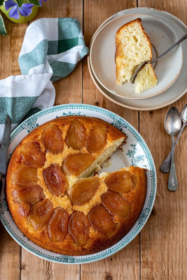 Gâteau moelleux aux pommes et calvados