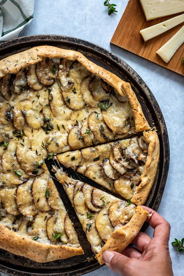 tarte rustique aux champignons et Vacherin Fribourgeois