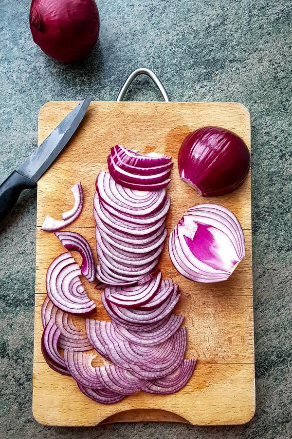 Compotée d'oignons rouges, le condiment maison aigre doux