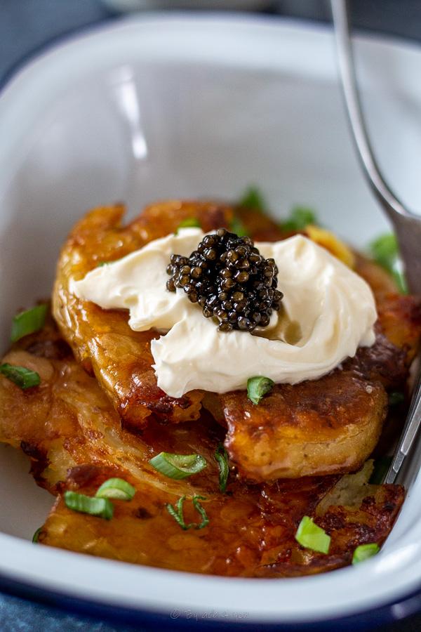 caviar crispy smashed patatoes