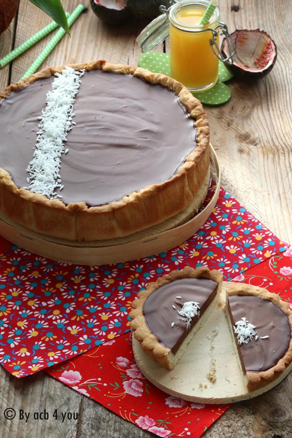 Tarte au chocolat, noix de coco et fruit de la passion